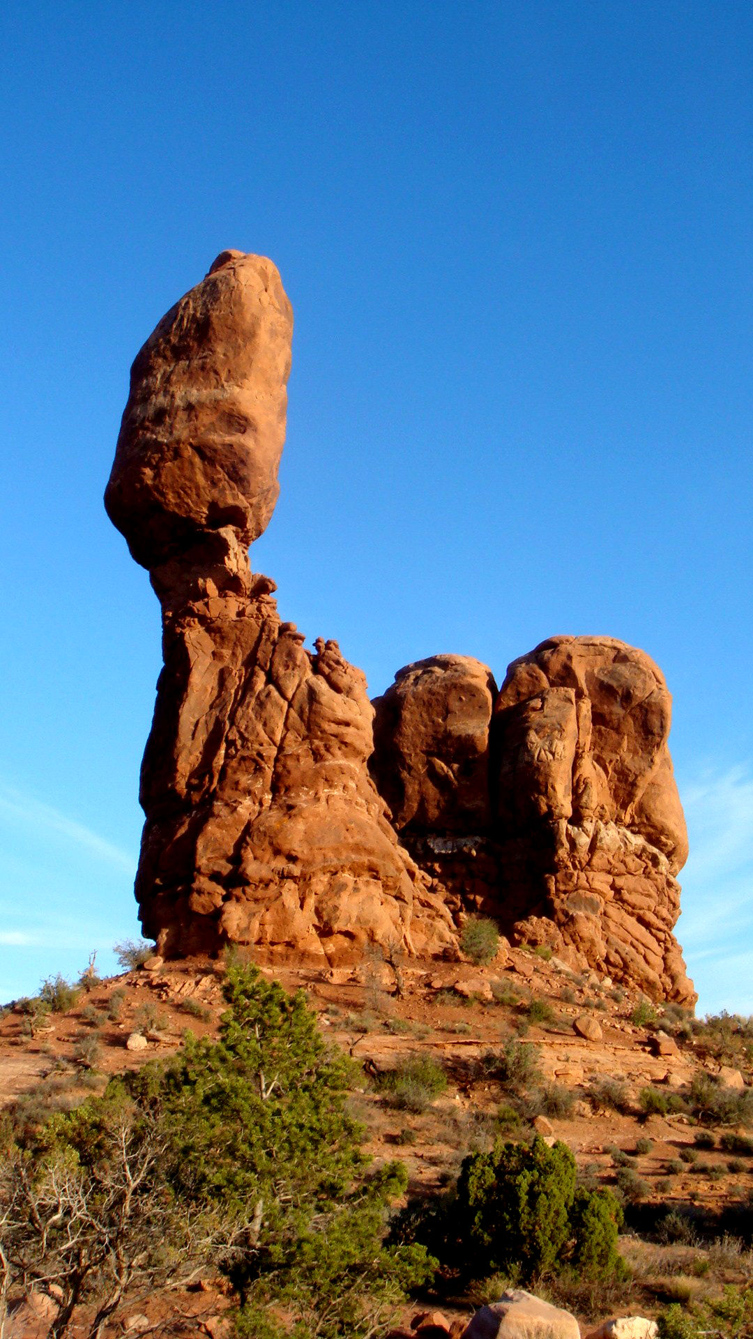 Used Cars Little Rock >> Balanced Rock - Arches National Park - Your Hike Guide